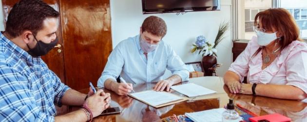El Gobernador Melella firmó un convenio con el ENOHSA para ampliar la Planta Potabilizadora Nº 4 de Ushuaia