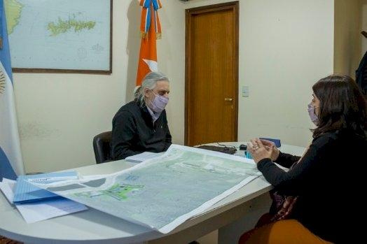 Autoridades de la UNTDF recibieron la visita de la presidenta de CONICET