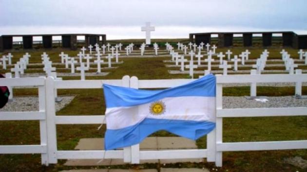 Recurren a la Corte Interamericana de Derechos Humanos para exigir información sobre las tumbas adulteradas en el cementerio de Darwin