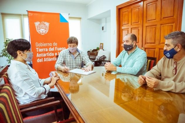 Melella rubricó acta acuerdo con Nación para construir cuatro Centros de Desarrollo Infantil en la provincia