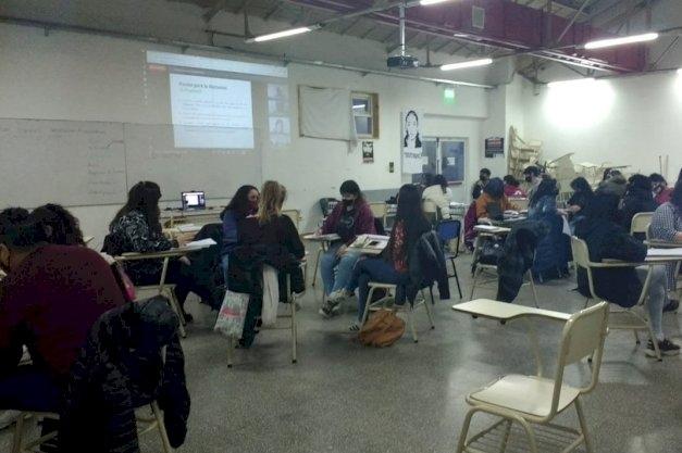 Estudiantes de primer año del Instituto de Cultura, Sociedad y Estado, participaron de una experiencia innovadora en la UNTDF