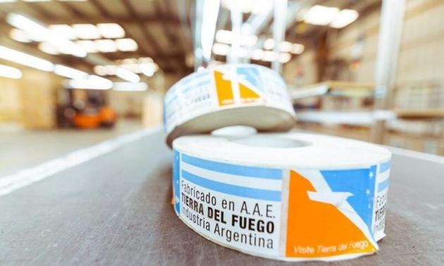 Gobierno y Aduana firmaron resolución conjunta para agilizar la exportación de productos fabricados en Tierra del Fuego