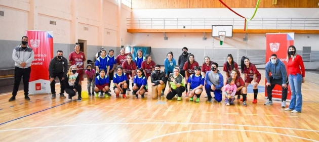 La Subsecretaría de Juventud realizó la primera edición de Fútbol Relámpago para las jóvenes de Río Grande