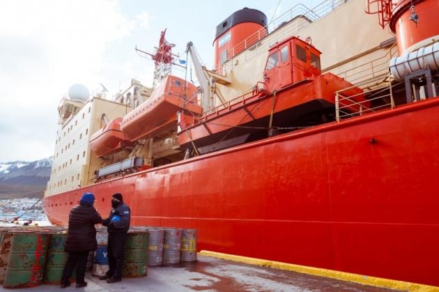 El Gobierno continúa contribuyendo con la mejora de la gestión ambiental en las bases antárticas
