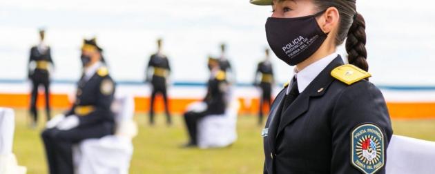 Ingresan más de 100 mujeres aspirantes a agentes de la Policía de la provincia