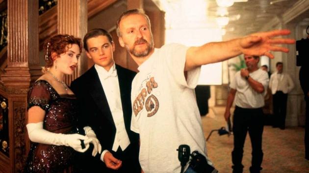 Nacimiento del cineasta James Cameron
