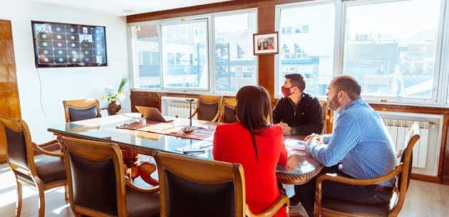 """El Gobierno provincial lanzó oficialmente el programa """"Desarrollando Emprendedores"""" destinado a jóvenes fueguinos"""