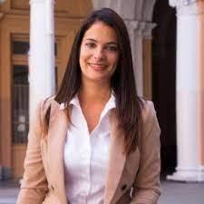 Mariela Coletta es la nueva titular de la UCR porteña y primera mujer en dirigir el centenario partido