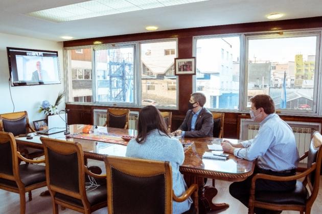 El Gobernador Melella mantuvo una reunión virtual con el Embajador Extraordinario y Plenipotenciario de Países Bajos