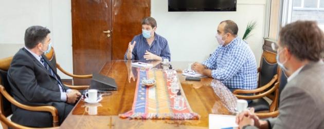 Melella se reunió con directivos de Total Austral con la mirada puesta en la implementación de energía renovable