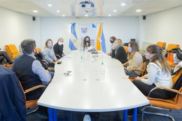 El Ministerio de Gobierno, Justicia y Derechos Humanos se reunió con el Comité contra la Tortura para delinear acciones conjuntas