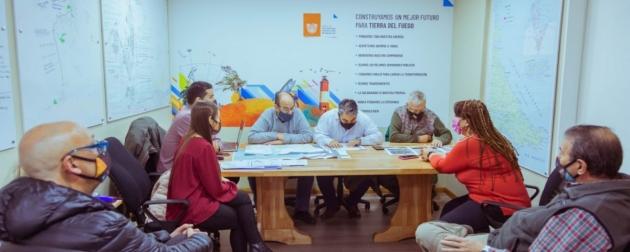 Se presentó a empresas turísticas el proyecto de obra del puerto comercial de Ushuaia