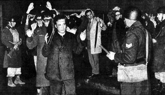 Onganía ordena la represión conocida como La Noche de los Bastones Largos