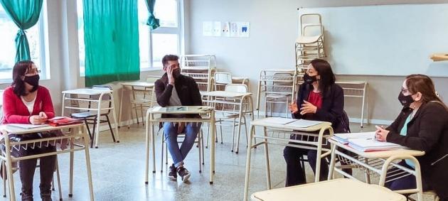 El Ministerio de Educación continúa con la promoción de desarrollo de nuevas Cooperadoras Escolares en la provincia