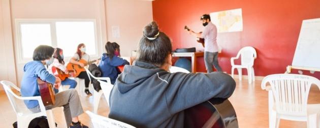 La Subsecretaría de Juventud de la Provincia pone a disposición una nueva propuesta de talleres presenciales y virtuales