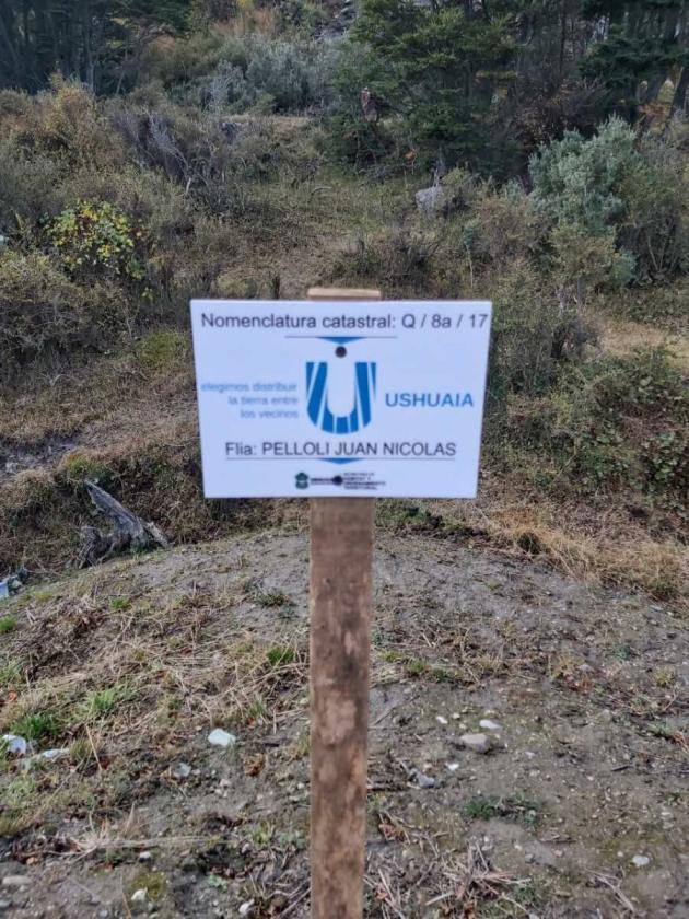Pelloli, Vuoto y la cortina de humo para tapar el escándalo de entrega de tierras a parientes y amigos de La Cámpora