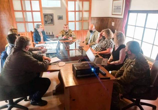 Encuentro con Nación y el Comando Antártico para gestionar la disposición de los residuos de la Antártida