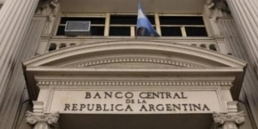 Ampliaron el cepo al dólar en medio de la incertidumbre tras el triunfo de Alberto Fernández
