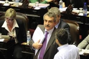 Ante los rumores, Rossi ratificó que no se analiza una reforma constitucional