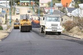 Avanza la pavimentación de calles del barrio Mirador del Fernández
