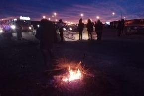 Bloqueo de docentes en Comodoro Rivadavia: YPF advirtió el riesgo de desabastecimiento en Tierra del Fuego