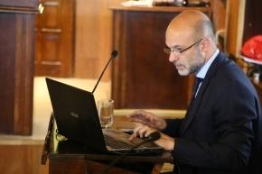 Bocchicchio votó a favor de la repavimentación de la avenida Perito Moreno