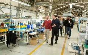 Caballero visitó fábricas electrónicas y Pymes de Río Grande