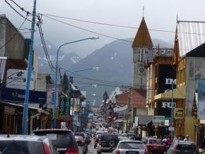 Cantera Popular pide informes sobre la ordenanza del tendido subterráneo de cableado en Ushuaia