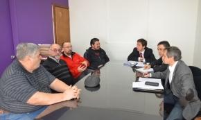 Comenzaron las mesas de trabajo para regularizar la situación de los bomberos ante la IGJ