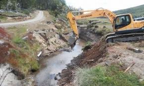 Comenzaron las obras en el arroyo Mimiza