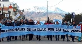 Concurridas marcha en favor de las dos vidas en Tierra del Fuego