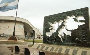 Dachary ponderó las leyes de Espacios Marítimos y de creación del Consejo Nacional de Malvinas