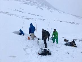 Defensa Civil participó de una clínica de rescate en avalanchas