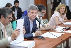 Diputados comenzarán a discutir la declaración de la telefonía móvil como servicio público