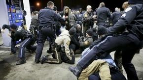 "EE.UU.: policía mata a joven negro ""armado"""