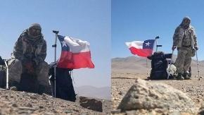 El chileno que está recorriendo 1.300 kilómetros con muletas