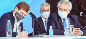 El gobernador Melella firmó con Alberto Fernández convenios que incluyen obra pública, generación de empleo y el fortalecimiento económico de la provincia