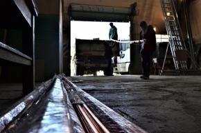 El Gobierno recibió insumos para instalar el oxígeno en el Microestadio Cochocho Vargas de Ushuaia