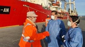 El Ministerio de Salud logró realizar un operativo rápido y eficaz en pesquero con tripulación con síntomas de Covid-19