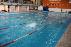 """El próximo sábado se realiza el torneo de natación """"Desafío Fueguino"""""""