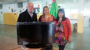 El Vicegobernador Crocianelli entregó una donación al Colegio Soberanía Nacional de Río Grande