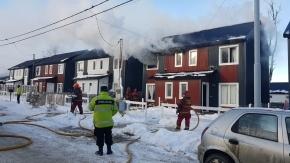 Feroz incendio se desató en una casa del barrio Río Pipo en Ushuaia