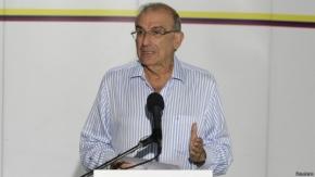 """Gobierno de Colombia ve """"posibilidades serias"""" de terminar el conflicto con las FARC"""