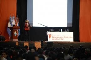 La catedrática Perla Zelmanovich abrió las exposiciones en el 2° Congreso Internacional de Educación e Inclusión desde el Sur