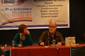 La Gobernadora participó de la presentación de la carrera en Licenciatura en Medios Audiovisuales de la UNTDF