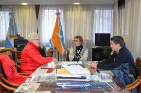 La Gobernadora Ríos recibió al titular del centro invernal Cerro Castor