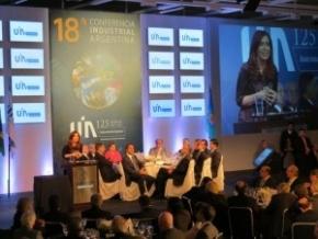 La Gobernadora Ríos asistió al cierre de la Conferencia Anual de la UIA