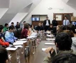 La Legislatura aprobó la creación de centros de estudiantes