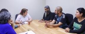 La ministro Castillo abordó con integrantes de la FENAT la situación de los barrios que están en proceso de regularización de regularización