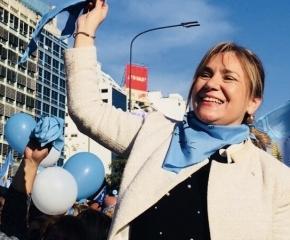La senadora Boyadjian participó de la histórica movilización en favor de las dos vidas